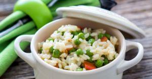 Рис с зеленым горохом