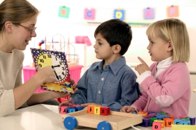 Личностные и профессиональные качества современного педагога: каким должен быть воспитатель детского сада?