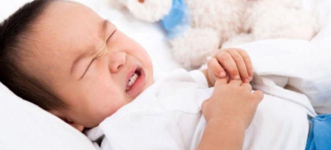 Сильный кашель у ребенка когда ложится спать