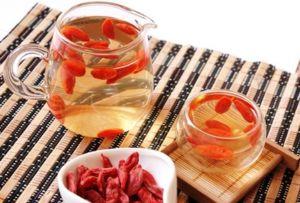 Чай с ягодой годжи