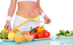 Женщина на диете на овощах
