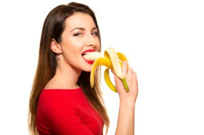 Можно ли есть бананы в первый месяц грудного вскармливания малыша, какие и сколько?