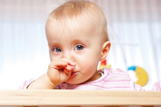 Чем лечить насморк у ребенка 1 года?