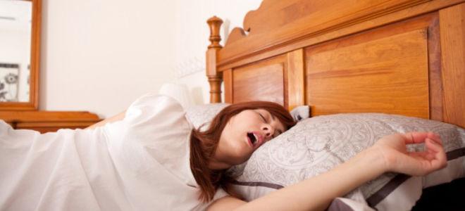 Почему во время сна текут слюни