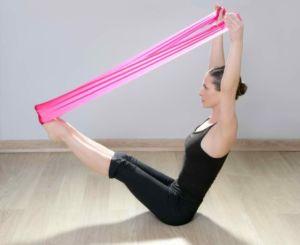 Упражнения для спины с резиновой лентой