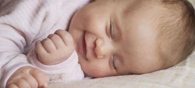 Почему ребенок разговаривает во сне