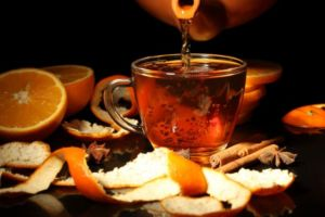 Чай с имбирем, апельсином и мятой