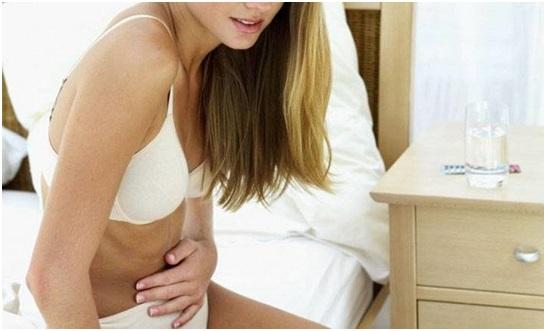 Как протекает туберкулез яичников у женщин, первые симптомы?