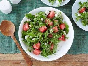 Греческий салат с арбузом