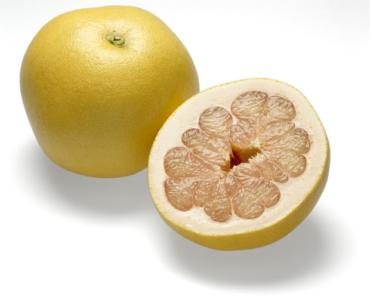 Можно ли есть помело при грудном вскармливании и чем полезен фрукт?